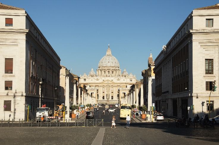 Via de Conciliazione mit direktem Blick auf den Petersdom