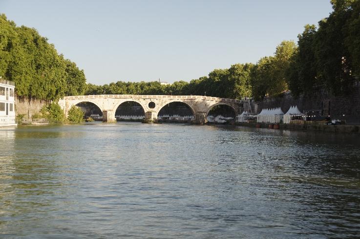 10. Ponte Garibaldi