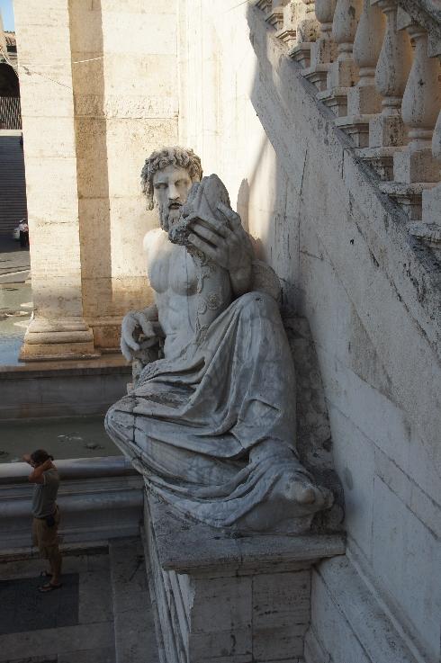 Flussstatue des Tibers Auf dem Capitolino