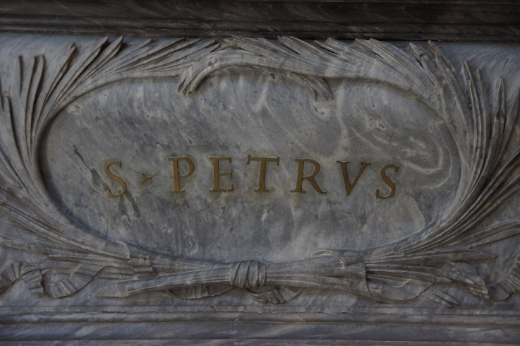 Hier stellvertretend für die 12 Apostel Petrus
