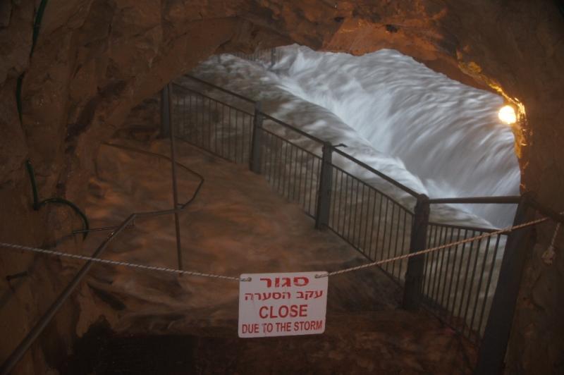 Gischt in der Höhle