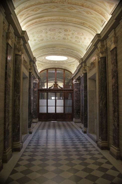 Korridor zumr Sakristei