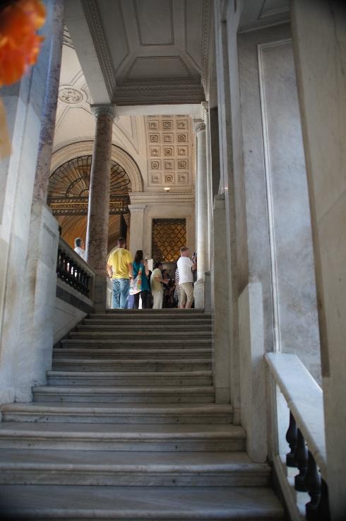 Zur Vatikanischen Pinakothek