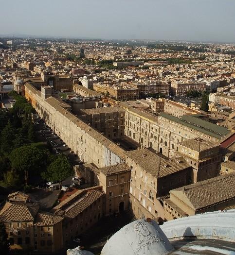 Hier sieht man die Hauptgebäude der Vatikanischen Museen