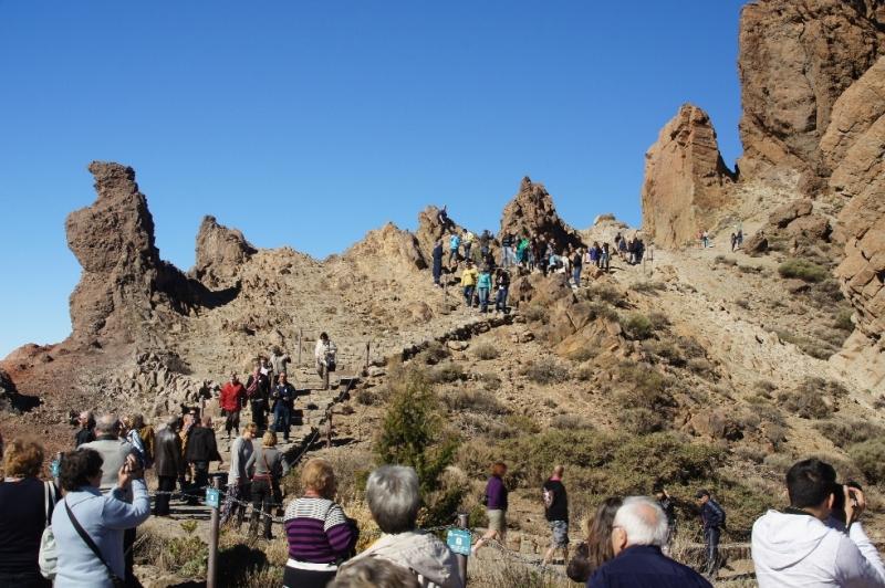 Es ware auch eine Menge anderer Touristen da.