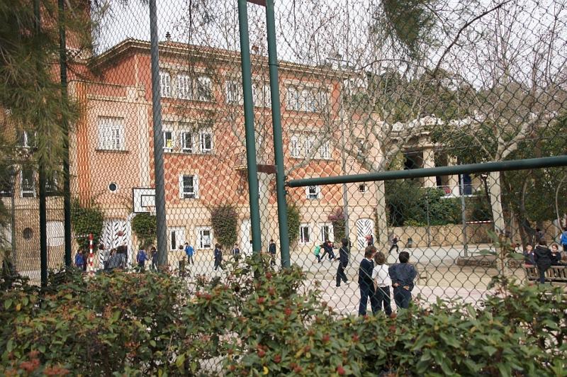Das Wohnhaus der Familie Güell ist heute eine Schule.