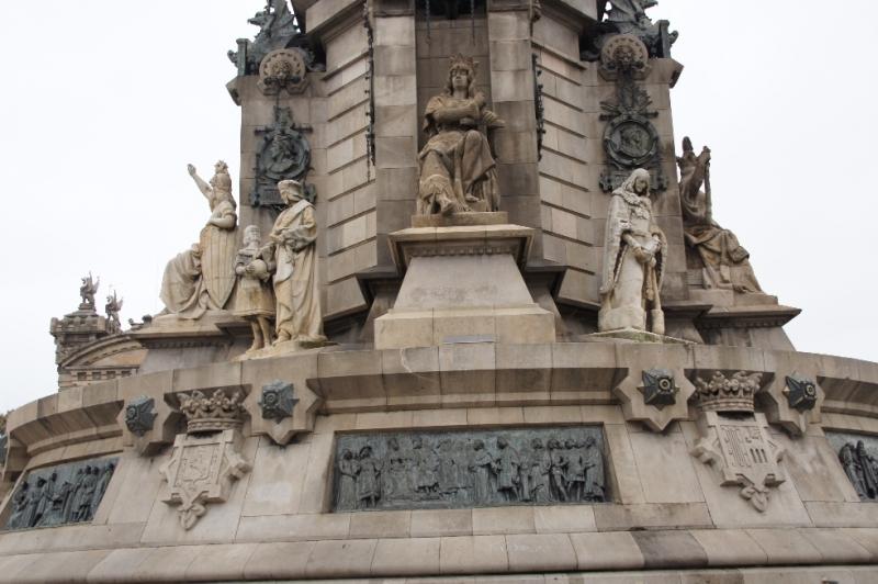 Der Sockel der Kolumbusstatue