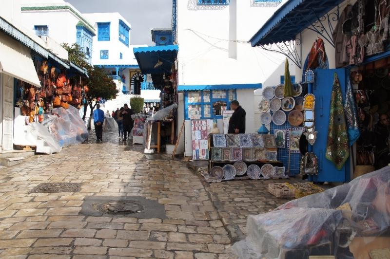 Kein Wunder, dass sich die beiden Maler August Macke und Paul Klee durch den Charme des Ortes inspirieren ließen.