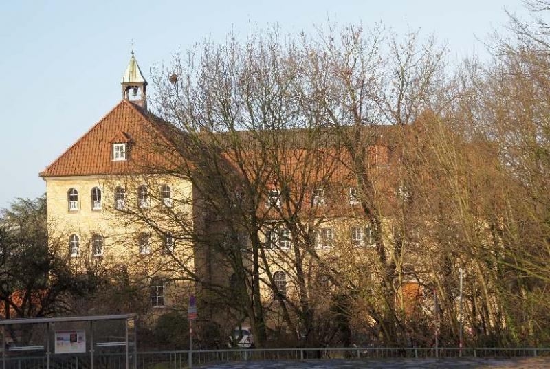 """Der volle Name lautet """"Kloster der Benediktinerinnen der ewigen Anbetung""""."""